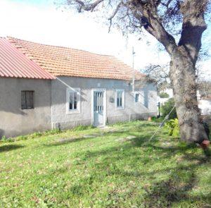 Prédio Urbano 4 divisões 149m2 base de licitação 5951 euros 2