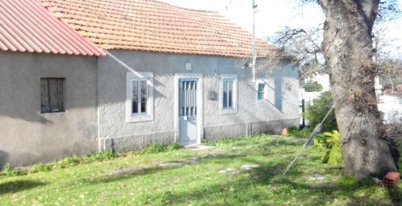 Prédio Urbano  4 divisões 149m2 base de licitação 5951 euros 1