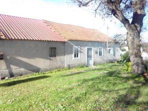 Prédio Urbano 4 divisões 149m2 base de licitação 5951 euros 3