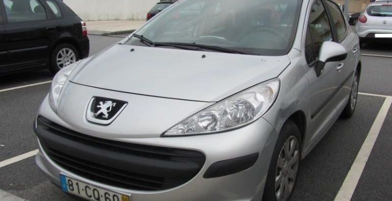 Peugeot 207 do ano 2006 Licitação 1400 euros 1