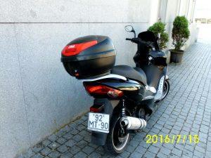 Motorizada 125cc ano 2012 licitação 525 euros (vendida) 3