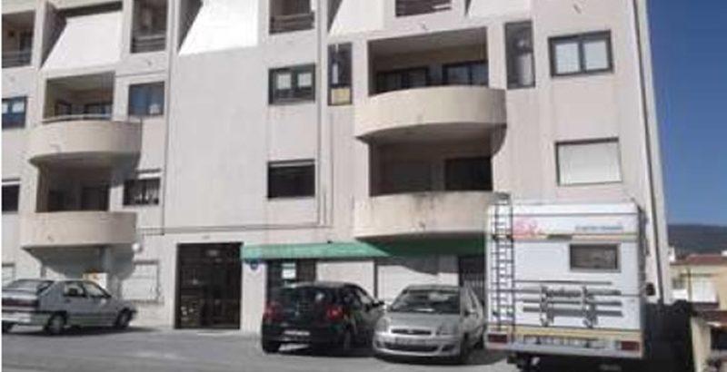Loja 107 m2 47.500 euros 1