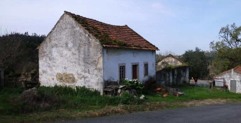 Prédio Urbano preço base 3689 euros 1