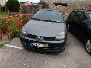 Renault Clio Base de Licitação 430 euros 3
