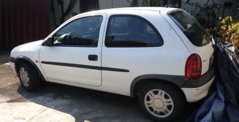 Opel Corsa Licitação 301 euros 1