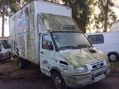 Iveco 35E10 2800cc Licitação 1291 euros (vendido) 1