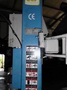 Elevador hidráulico de automóveis Licitação 1750 euros 2
