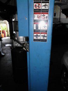 Elevador hidráulico de automóveis Licitação 1750 euros 4
