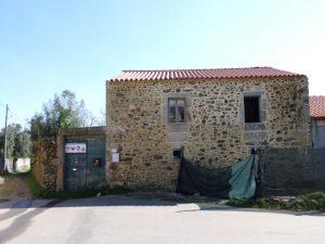 Casa r/chão e 1 andar Licitação 17107 euros 2