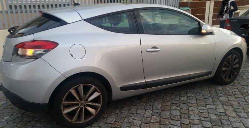 Renault Megane Coupê 2010 Licitação 4907 euros 1