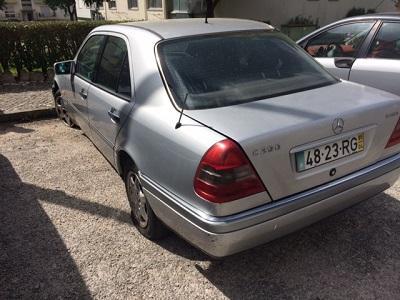 Mercedes C250 Licitação 2800 euros 136