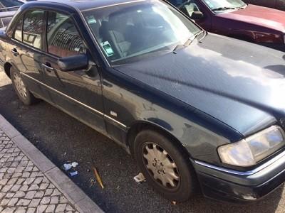 Mercedes C250 D Licitação 1750euros 1