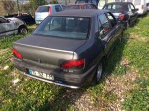 Peugeot 306 GPL Licitação 375 euros 5