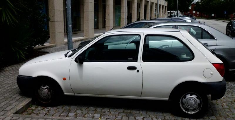 Ford Fiesta Gasóleo Licitação 525 euros 1