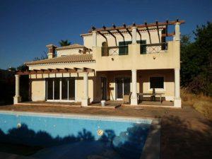 T4 com Piscina no Algarve Penhorado 264 mil euros 2