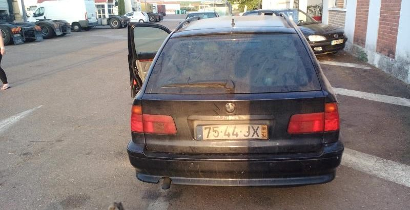 BMW 525 TDS Penhorado será vendido pela melhor oferta 1