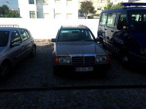 Mercedes 250 TD Penhorado Licitação 420 euros 3