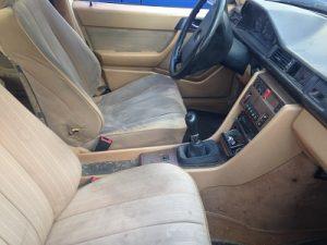 Mercedes 250 TD Penhorado Licitação 420 euros 7