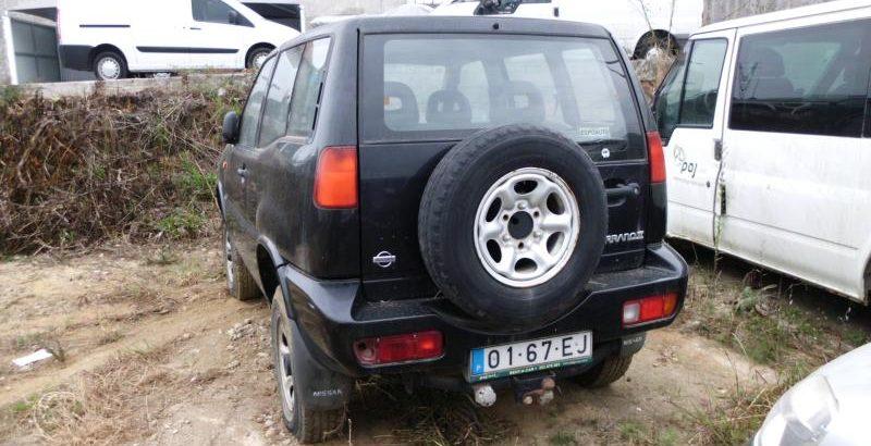 Nissan Terrano II Penhorado Licite por 210 euros 1