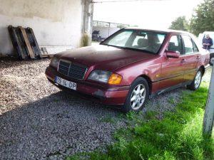 Mercedes C220 Penhorado Licite por 861 euros 4