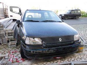 Renault Clio Licite por 35 euros 3