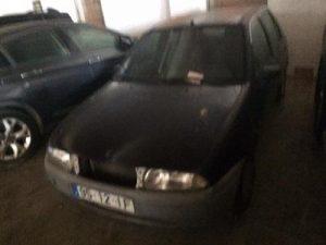 Ford Fiesta Penhorado Licite por 75 euros 5