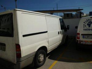 Ford Transit de Mercadorias Penhorada Licite por 1400 euros 3
