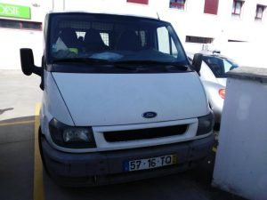 Ford Transit de Mercadorias Penhorada Licite por 1400 euros 4