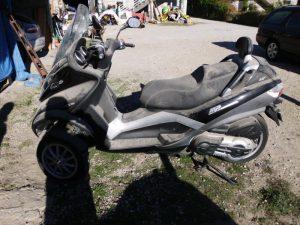 Paggio mp3 400LT de 3 rodas Penhorada Licite por 1750 euros 3