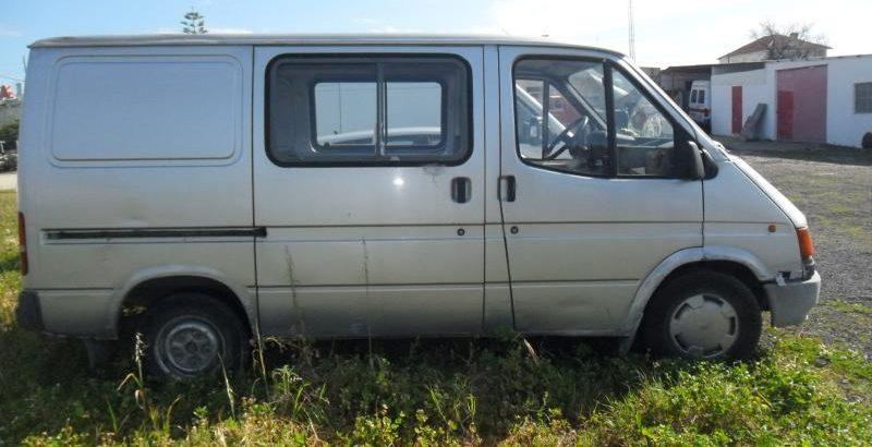 Ford Transit Penhorada Licite por 375 euros 1
