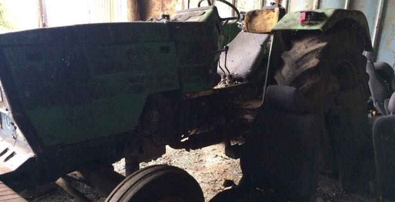 Tractor Deutz DX 3 Penhorado Licite por 70 euros 1