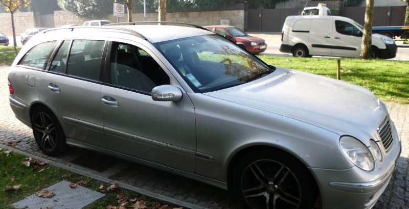 Mercedes E220 de 2004 Penhorada Licite por 4900 euros 1