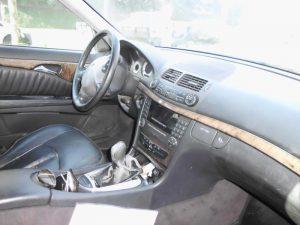 Mercedes E220 de 2004 Penhorada Licite por 4900 euros 3