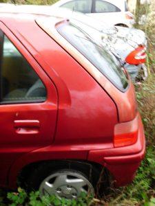 Peugeot 106 Penhorado Licite por 106 euros 4