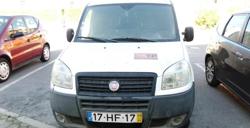 Fiat Doblo Penhorada Licite por 1569 euros 39
