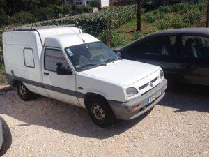 Renault Express Penhorada Licite por 200 euros 3