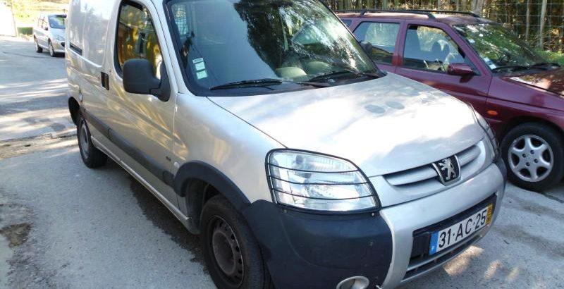 Peugeot Partner Penhorada Licite por 840 euros 1