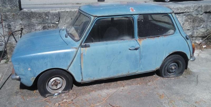 Mini Morris Penhorado Licite por 100 euros 1