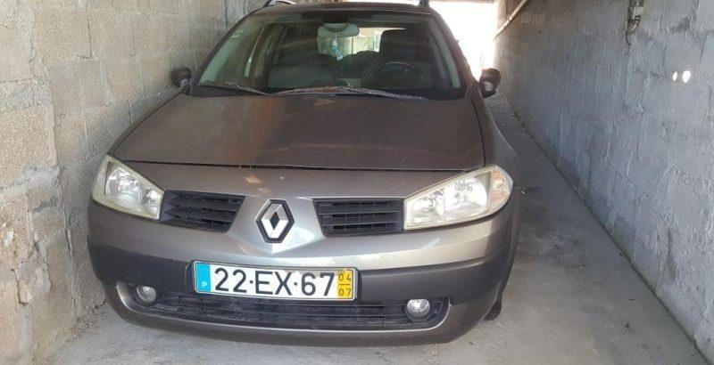 Renault Megane 2004 Licite por 700 euros 1
