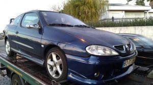 Renault Megane Penhorado Licite por 350 euros 2