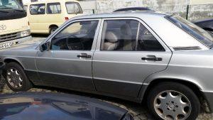 Mercedes 190 Penhorado Licite por 350 euros 4