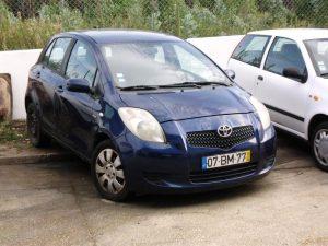 Toyota Yaris Penhorado Licite por 800 euros 3