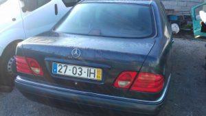 Mercedes E280 Penhorado Licite por 700 euros 2