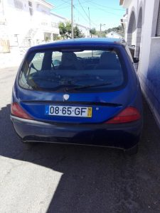 Lancia Penhorado Licite por 875 euros 4