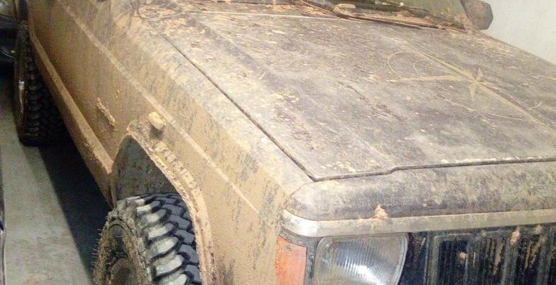 Jeep Cherokee Licite por 700 euros 1