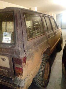 Jeep Cherokee Licite por 700 euros 2