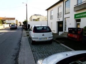 Opel corsa Penhorado Licite por 748 euros 2
