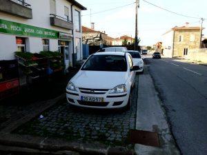 Opel corsa Penhorado Licite por 748 euros 4