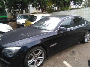 Penhorado finanças BMW Série 7 de 2010 Licite por 7000 euros 4