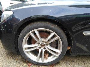 Penhorado finanças BMW Série 7 de 2010 Licite por 7000 euros 3